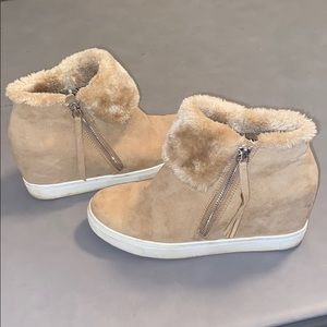 Fuzzy tan suede pull on sneakers, with small heel!